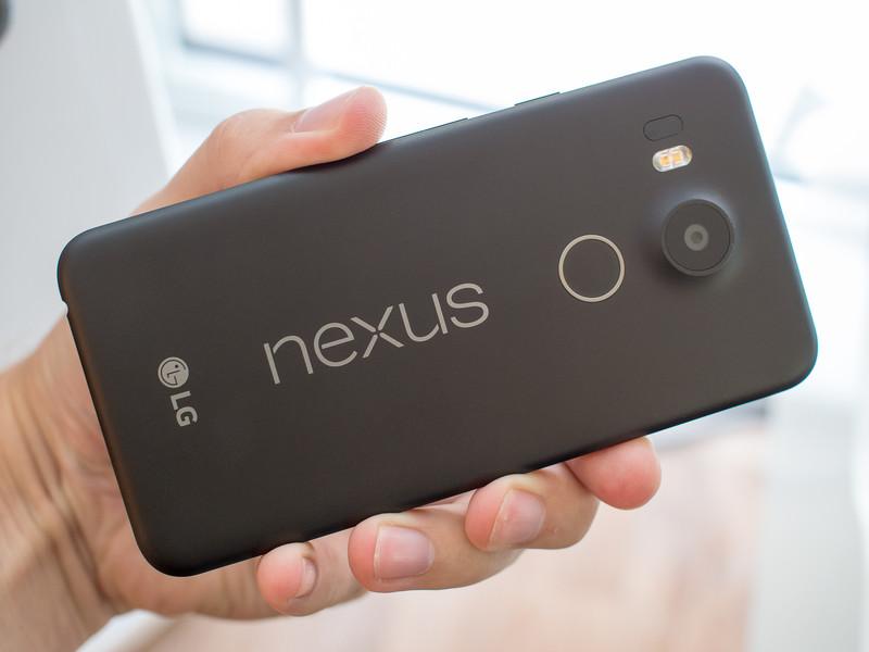 nexus 5x black back angle 0