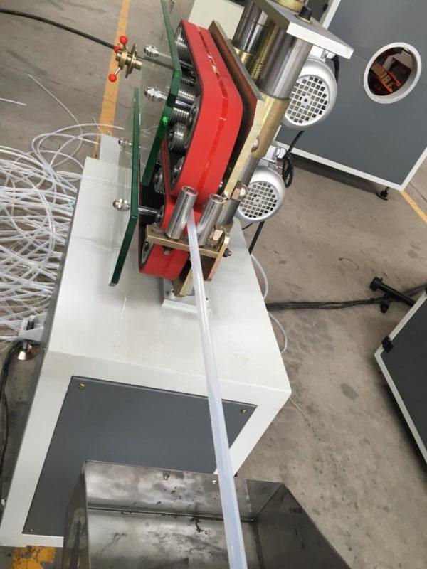 Hauling machine