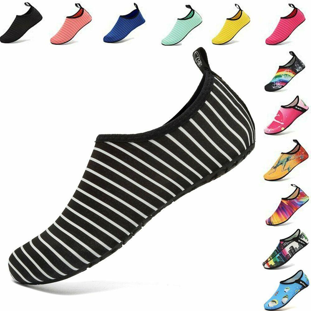کفش های ورزشی آبی از جمله کالاهای مناسب واردات هستند. کسی تا زمانی که آن را نپوشد متوجه نمی شود که چقدر به آنها احتیاج داشته است. شما می توانید این محصولات را بصورت عمده از یک تولید کننده چینی سفارش دهید. طرح ها ، رنگ ها و اندازه های مختلفی را برای مردان ، زنان و کودکان ارائه داده اند. این محصول یک روند در حال توسعه در بین مشتریان دارد. برای فروش در ابتدای تابستان بسیار عالی است. اگر بازار فروش آن را دارید. اقدام به واردات این کالا بکنید. خیلی از کشورها طالب این کالا هستند. برندهای معروف قیمت بالایی دارند. چین آن را با قیمت خوبی عرضه می کند.