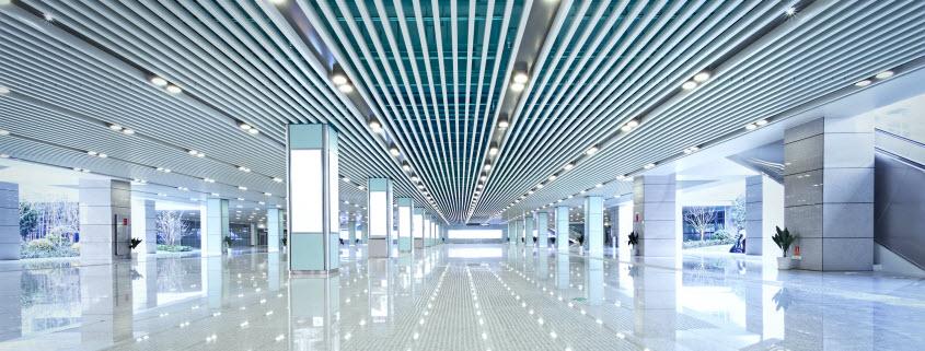 لامپها ی LED، سایر لوازم روشنایی و اجزاء و قطعات آن لامپ ها و لوازم جانبی آنها و اجزاء و قطعاتشان طی چند سال اخیر رونق بالایی داشته اند. چون این لامپ ها مصرف کمتری دارند و نور بیشتری تولید می کنند، همچنین گرمای کمتری نیز تولید می کنند، پس طرفداران بیشتری نیز دارند. از این لامپها استفاده گسترده ای در چراغهای خانه ها و ادارات و اتومبیل ها و غیره استفاده گسترده ای می شود. صنعت چراغهای LED در چین بسیار گسترده و متنوّع است.